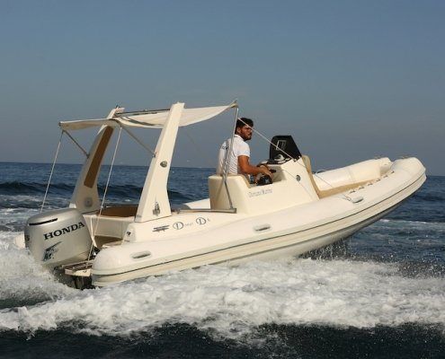 Gommone Domar 6 metri Airone Boat Rental